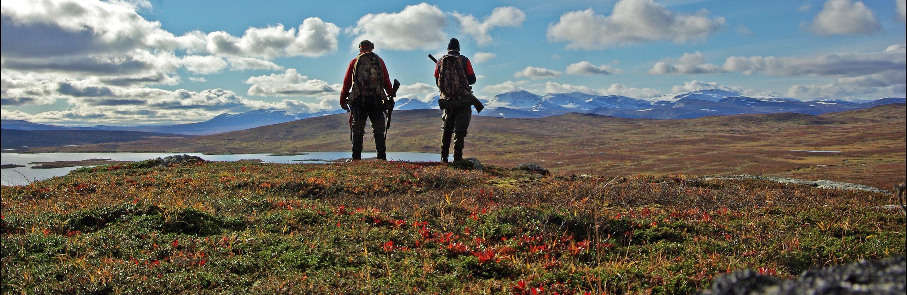 Johan och Burre på Hemligfjäll. Foto: Johan Lindahl
