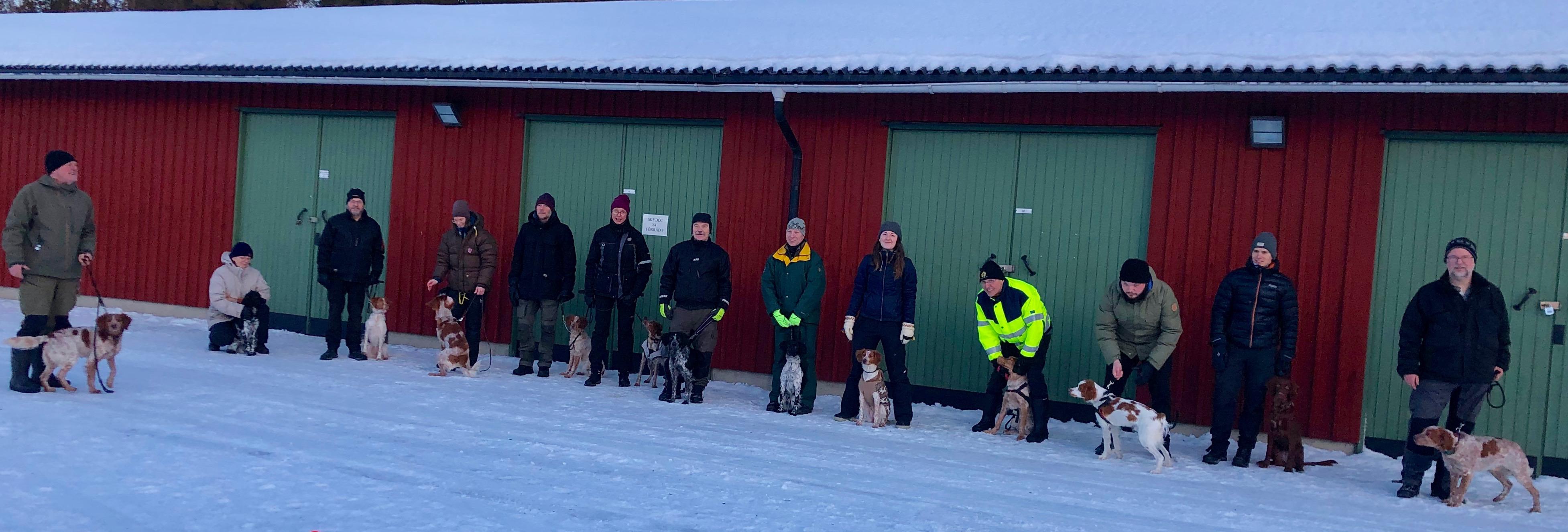 Rapport Från Den Allmänna Dressyrkursen För Valpar Och Unghundar I Umeå 12/1 – 13/1 2019.