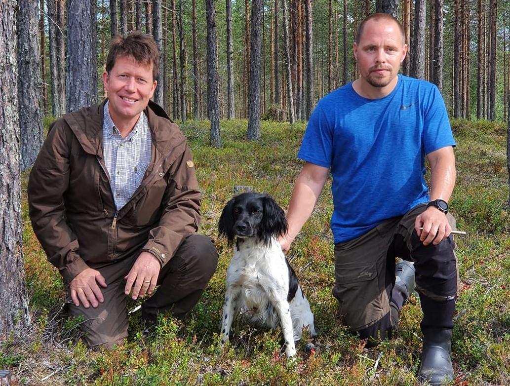 Fr v: Pristagare lördag Ulf & Rickardssons Siri och Domare Magnus